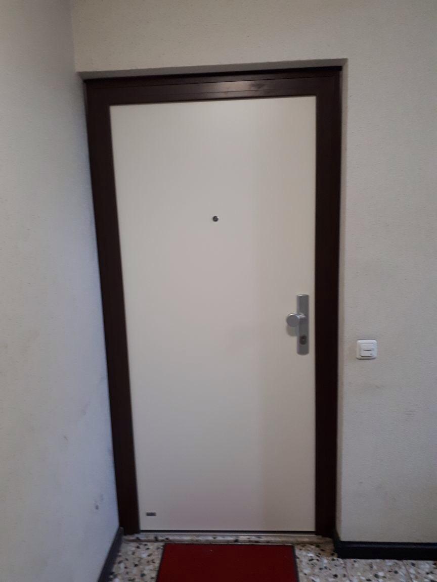 Sicherheits Wohnungstur